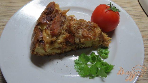 пирог заливной с капустой и колбасой