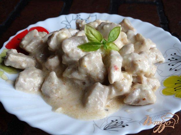 фото рецепта: Подлива из куриной грудки с плавленым сыром