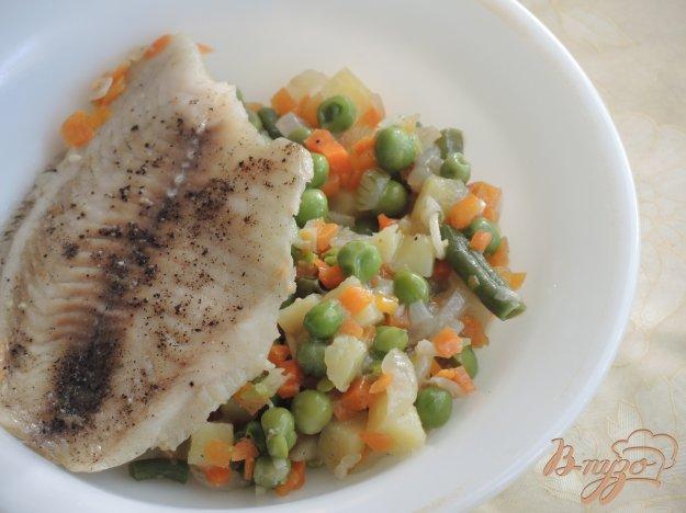 фото рецепта: Тилапия на овощах