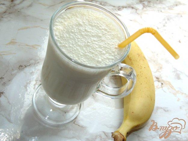 фото рецепта: Банановый милкшейк