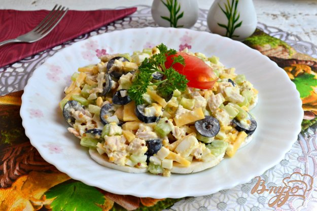 Салат с сыром и шампиньонами с