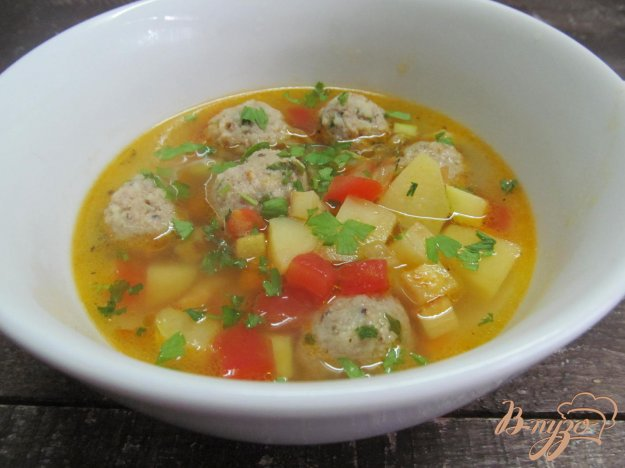 фото рецепта: Кабачковый суп с фрикадельками