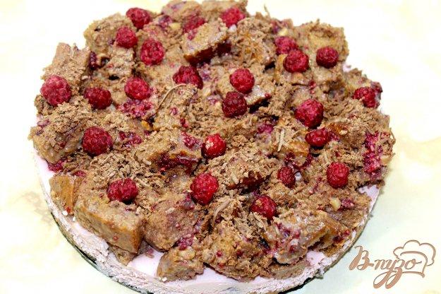 фото рецепта: Торт из малины с творожной начинкой