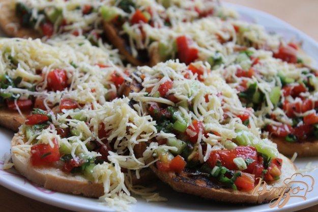 фото рецепта: Овощные бутерброды с сыром