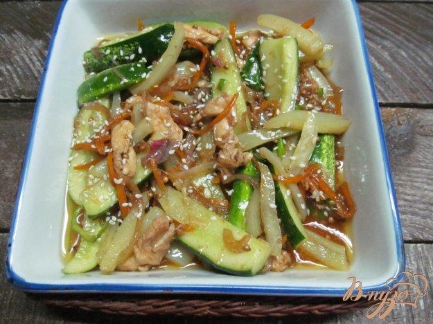 фото рецепта: Овощной салат с курицей по-корейски