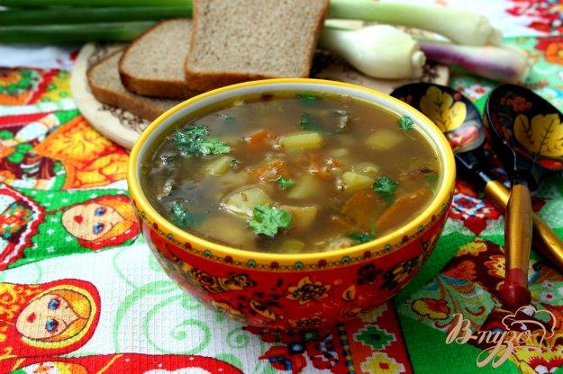 фото рецепта: Русский гречневый суп с белыми грибами