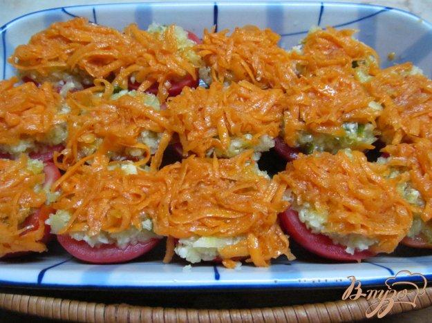 фото рецепта: Маринованные помидоры под овощами