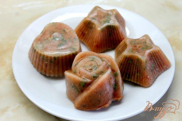 фото рецепта: Томатная заготовка с перцем и зеленым луком на зиму
