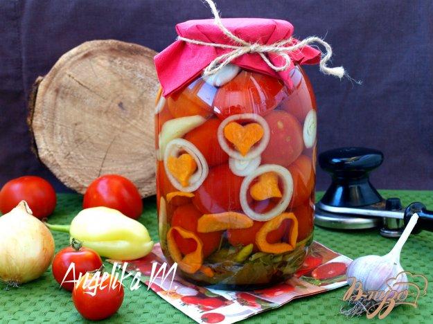 фото рецепта: Маринованные помидоры с морковью