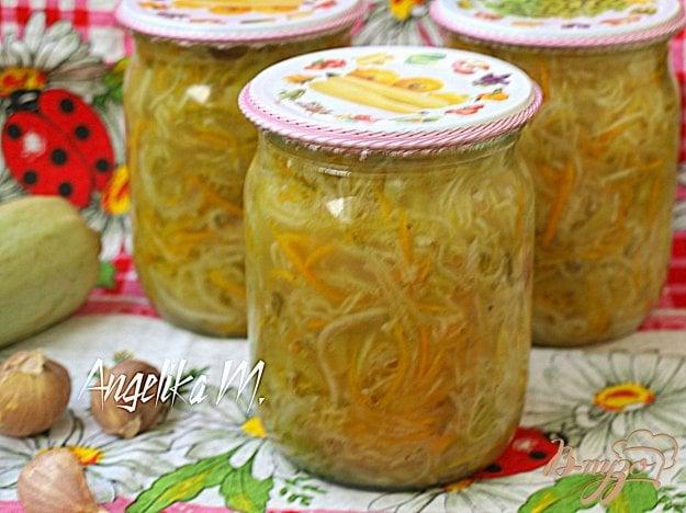 фото рецепта: Салат из кабачков по-корейски на зиму