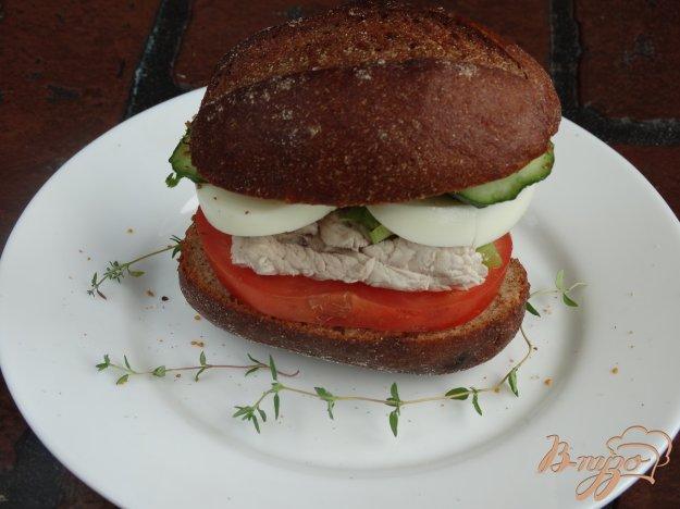 фото рецепта: Полезный сандвич с индейкой