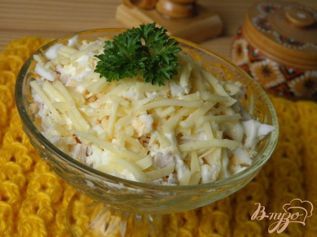 фото рецепта: Салат с курицей и сыром
