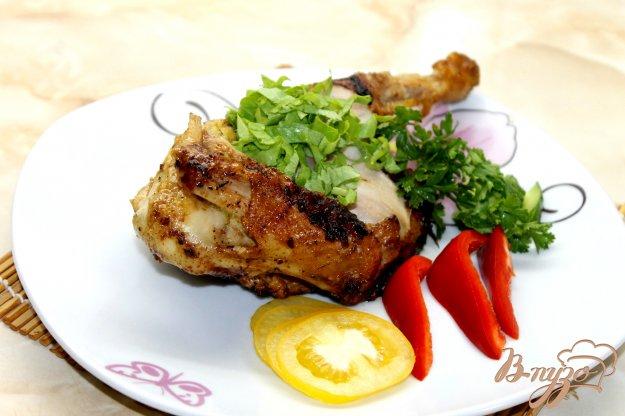 фото рецепта: Жареный цыпленок в мультиварке