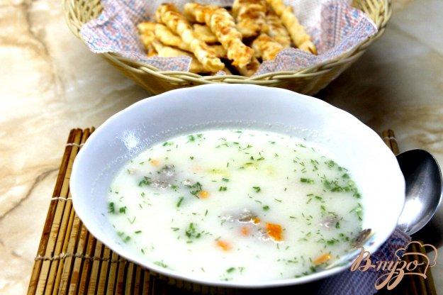 фото рецепта: Сливочный суп с фрикадельками и кукурузой