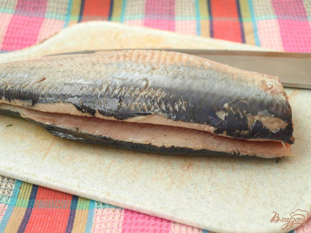 Фото приготовление рецепта: Сельдь в горчичном соусе шаг №1