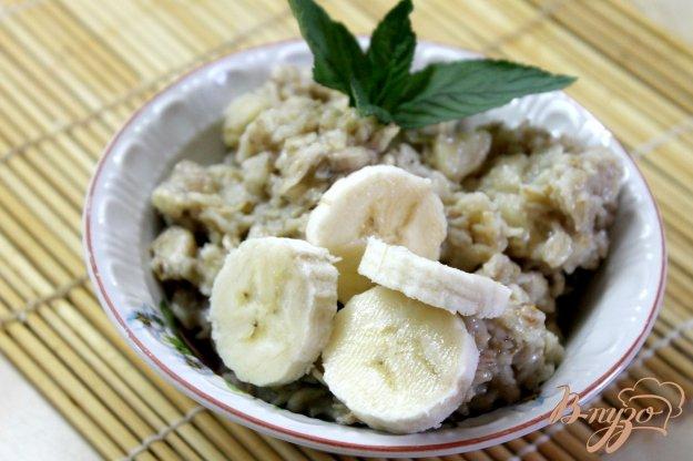 фото рецепта: Овсянка с бананом и сгущенным молоком