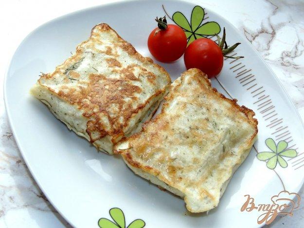 фото рецепта: Конвертики с фаршем и твердым сыром