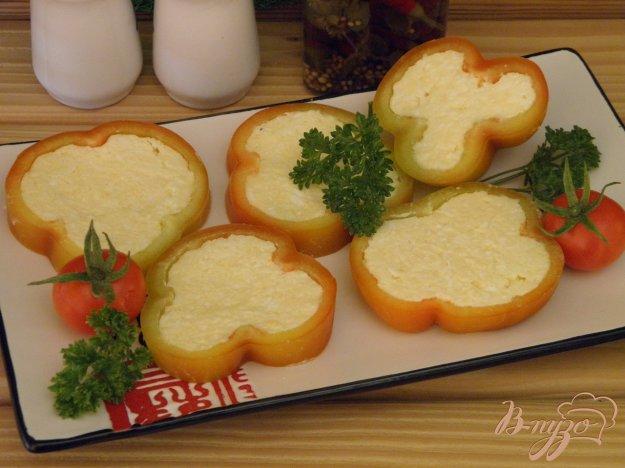 фото рецепта: Закуска из перца и сыра с чесноком