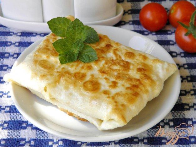 фото рецепта: Конвертики с яйцом и сыром