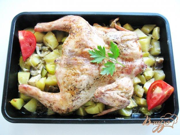 фото рецепта: Цыпленок запеченный с овощами