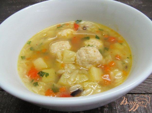 фото рецепта: Овощной суп с фрикаделькам и пастой орзо