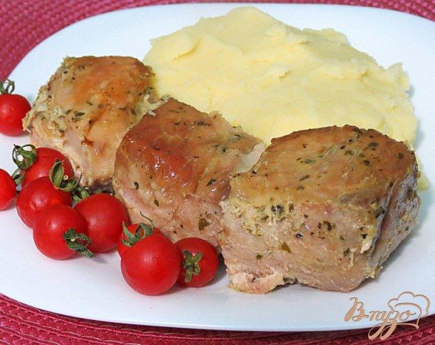 фото рецепта: Свинина запеченная в духовке