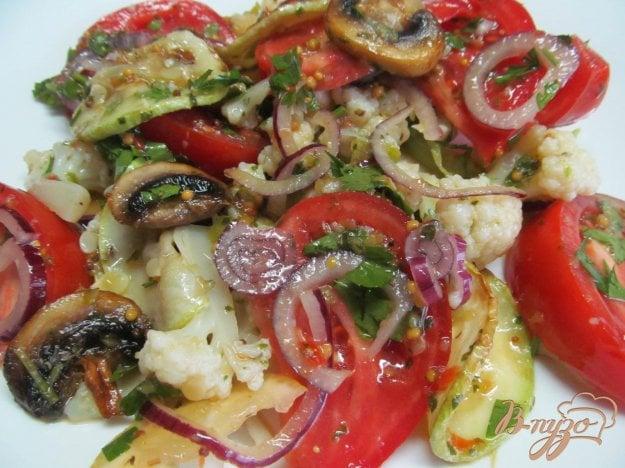 цветная капуста с кабачками и помидорами