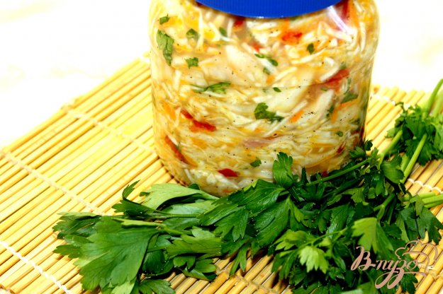 фото рецепта: Капуста быстрого приготовления с болгарским перцем и чили