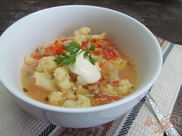 фото рецепта: Овощной суп с цветной капустой