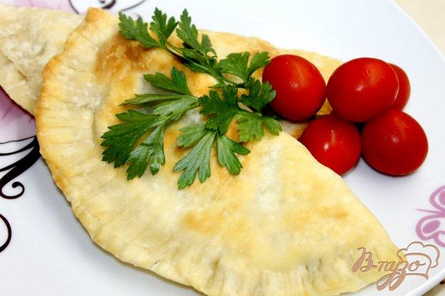 фото рецепта: Кутабы с картофелем и зеленью