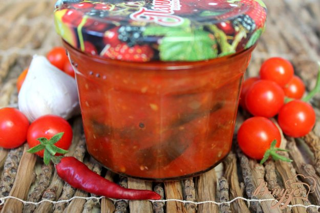 фото рецепта: Баклажаны в остром томатном соусе на зиму