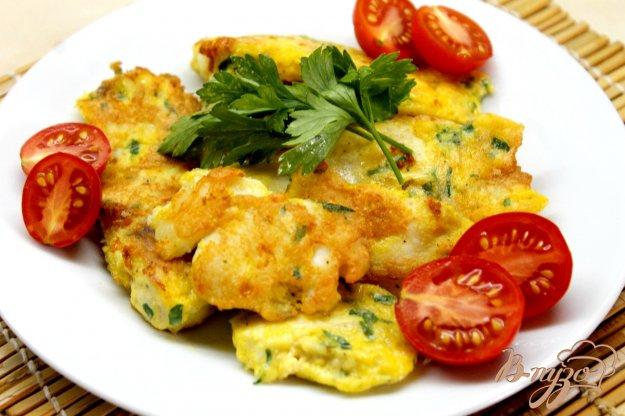 фото рецепта: Филе толстолобика в сырном кляре с зеленью