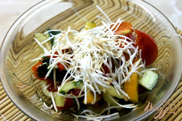 Салат с колбасным сыром рецепт пошагово