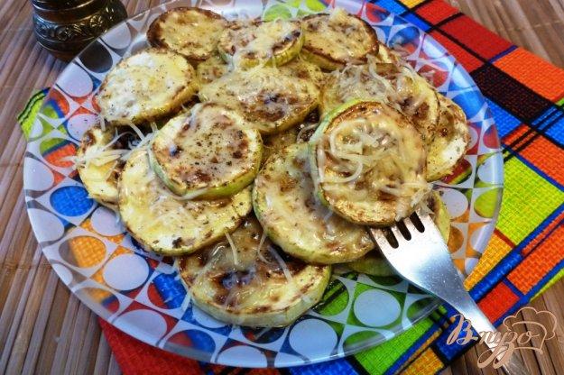 фото рецепта: Жаренный кабачок с сыром
