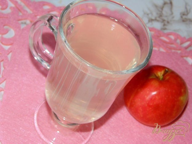 фото рецепта: Яблочно-виноградный компот