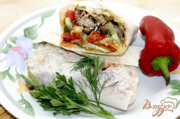 фото рецепта: Шаурма с овощами и телятиной