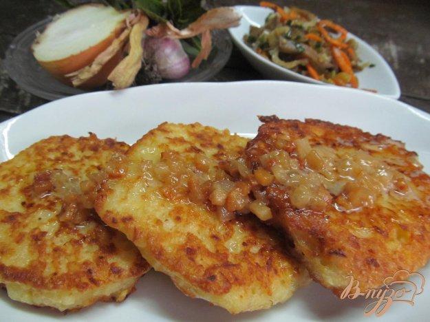 фото рецепта: Картофельные оладьи с мачанкой