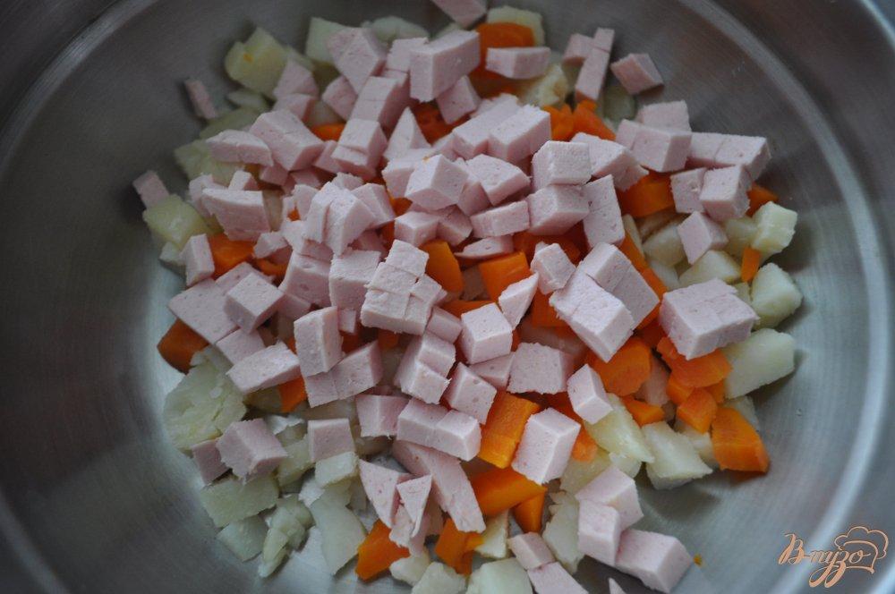 салат оливье с кукурузой фото рецепт
