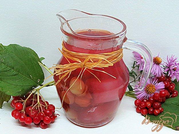 фото рецепта: Компот из дыни и винограда