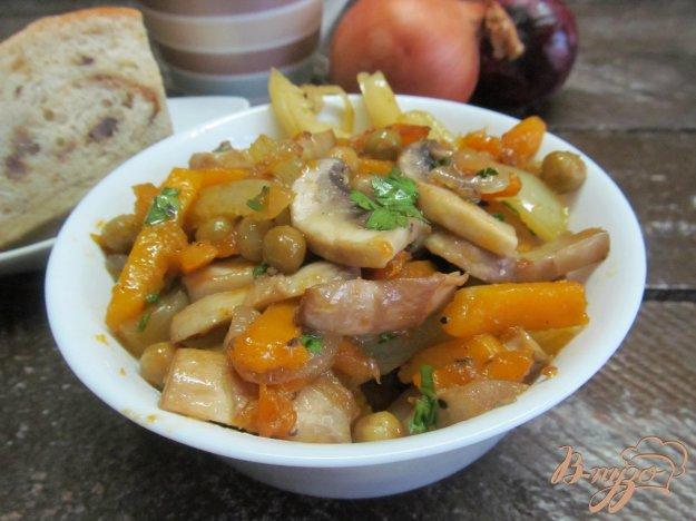 фото рецепта: Овощное соте с грибами и тыквой