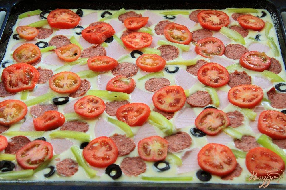 пицца с перцем и помидорами и колбасой рецепт