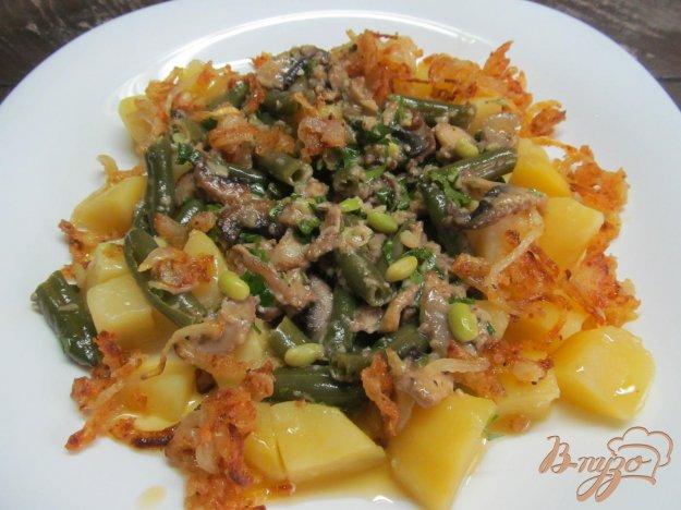 фото рецепта: Тушеные грибы с фасолью