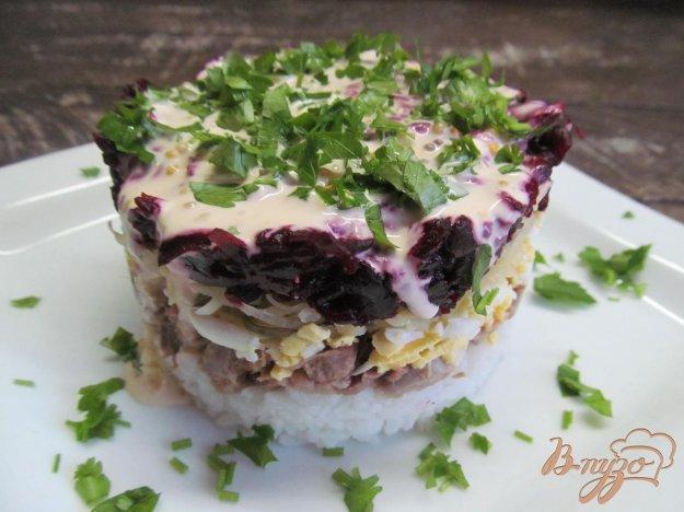 фото рецепта: Салат из свиного языка с рисом и свеклой