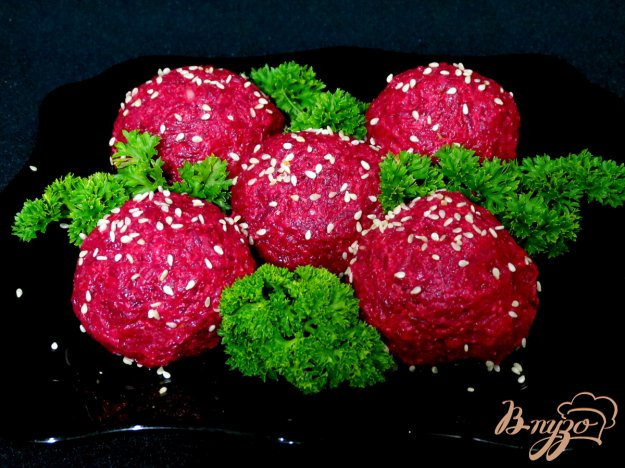 фото рецепта: Свекольные закусочные шарики