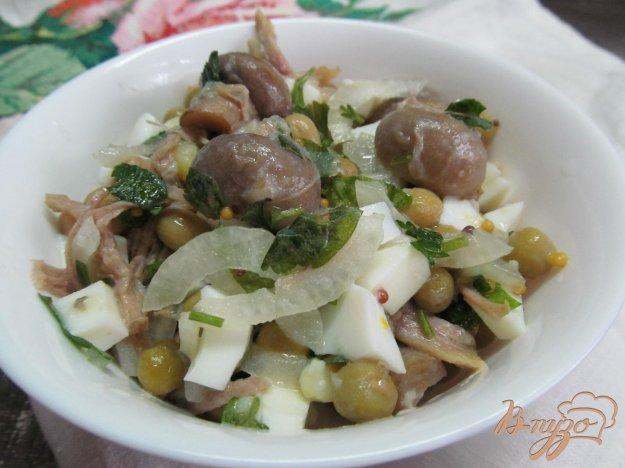 фото рецепта: Мясной салат с маринованными грибами