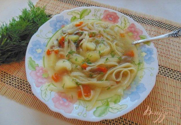 фото рецепта: Суп с лапшой и вешенками