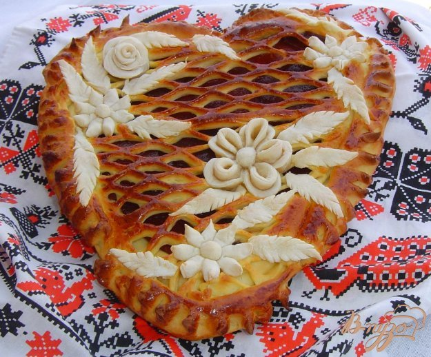 фото рецепта: Пирог с прессованным яблочным повидлом