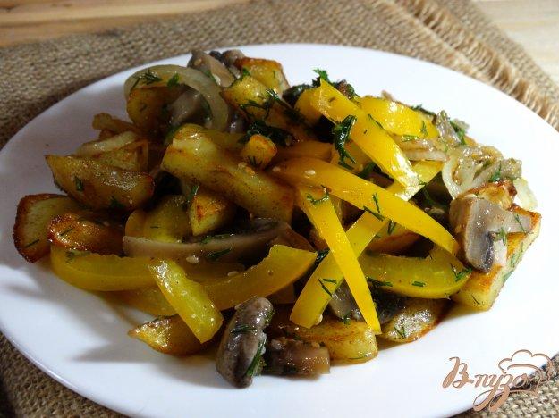 Салат с маринованными шампиньонами и картошкой