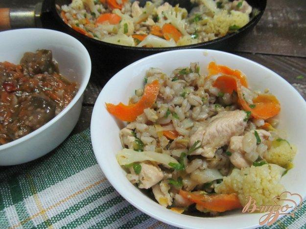 фото рецепта: Кремовое рагу из курицы и перловки