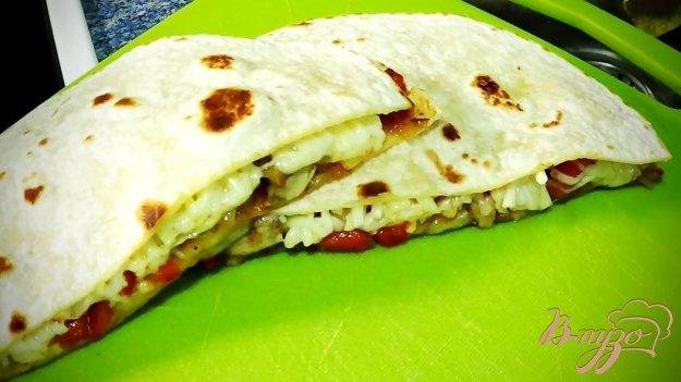 фото рецепта: Мексиканская лепешка с курицей